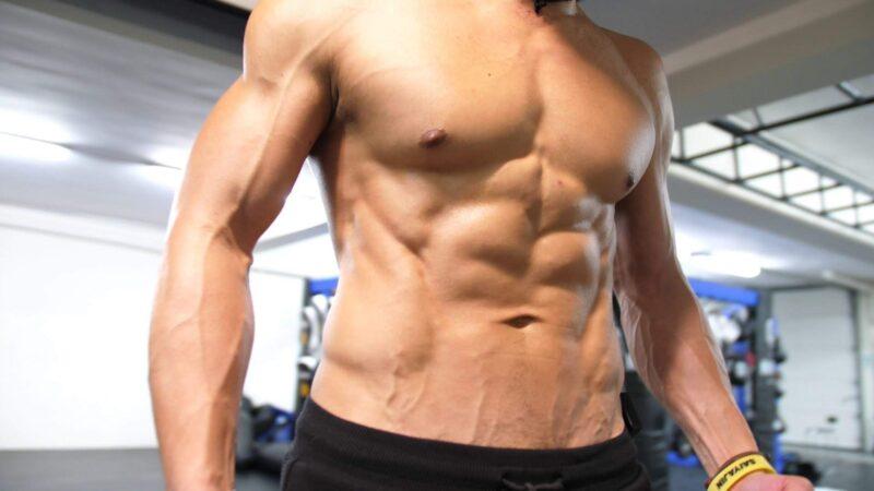 Comment le jeûne fait-il prendre de la masse musculaire ?